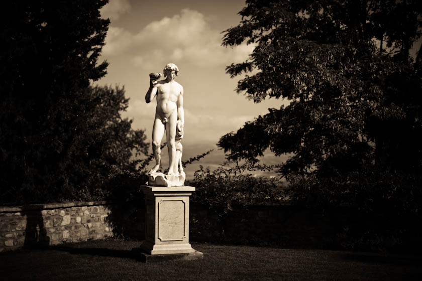 05_Elledge_110808_Italy_5002