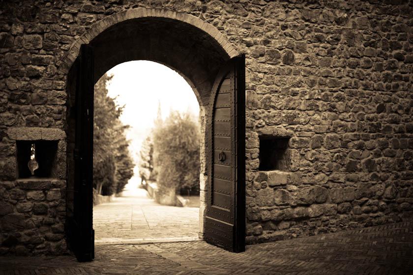 18_Elledge_110808_Italy_4988